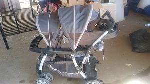 Graco ready2grow double stroller for Sale in Oroville, CA