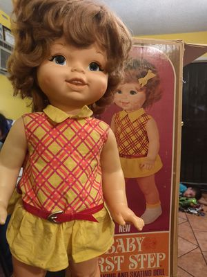 Vintage doll for Sale in Lynwood, CA