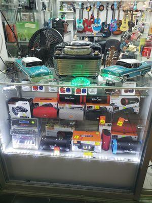 Bluetooth speakers for Sale in Miami, FL
