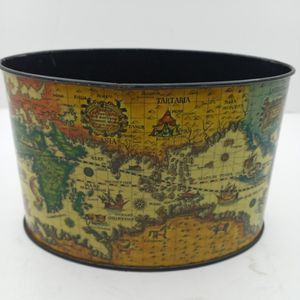 Vintage Japanese Tin Map Themed for Sale in Waterbury, CT