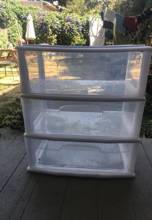 Plastic Drawers for Sale in Oakland, CA