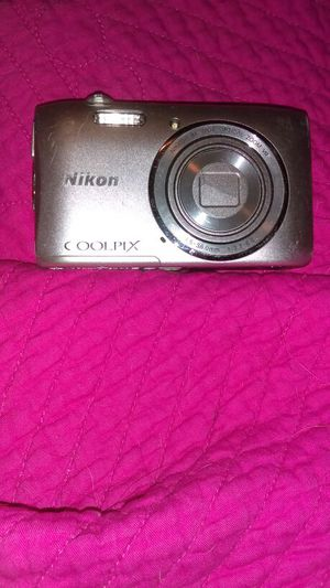 Nikon Cool pic for Sale in Houston, TX