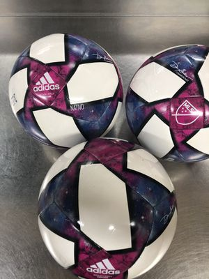 NEW ADIDAS CAPITANO SOCCER ⚽️ BALL SIZE 5 for Sale in Savage, MD