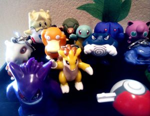 Collection of17 (1999) Burger King Pokemon mixed figures for Sale in Las Vegas, NV