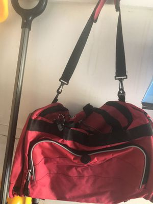 Red Duffle Bag for Sale in Mount Laurel Township, NJ