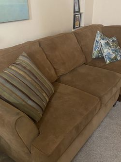 Sectional With Accent Chair And Ottoman for Sale in Euclid,  OH