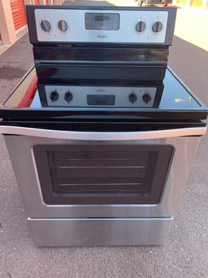 Whirlpool stove good condition for Sale in Tempe, AZ