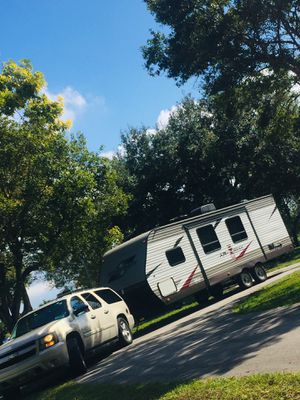 2017 Starcraft NEW 26Bunkhouse Trailer & 2008 Suburban package for Sale in Fort Lauderdale, FL