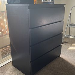 FREE DRESSER for Sale in Los Angeles,  CA