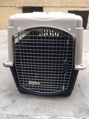 Dog Kennel 70-90 pounds for Sale in Queens, NY