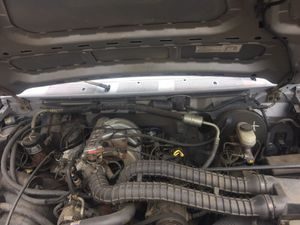 Ford 150 5.0 engine complete truck without a bed for Sale in Lemon Grove, CA
