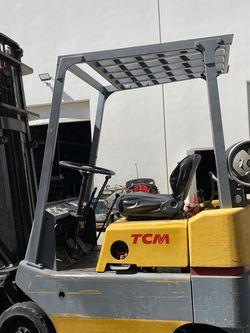 TCM Forklift 3000 LBS CAP for Sale in Orange,  CA