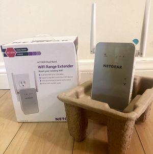 Netgear WiFi Range Extender for Sale in Los Angeles, CA