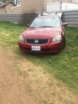 2005 altima 2.5s for Sale in Jurupa Valley, CA