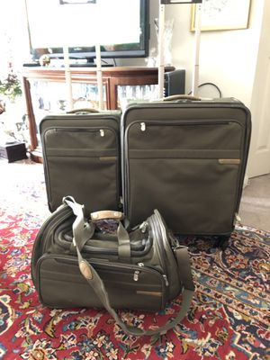 Briggs &Riley luggage set olive green for Sale in McLean, VA