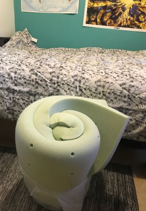 Mattress pad for full/queen for Sale in Compton, CA