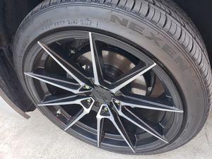"""18"""" XXR Black/Silver Rims 5 lug universal for Sale in Lynwood, CA"""