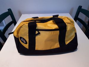 Duffle bag. for Sale in Oregon City, OR