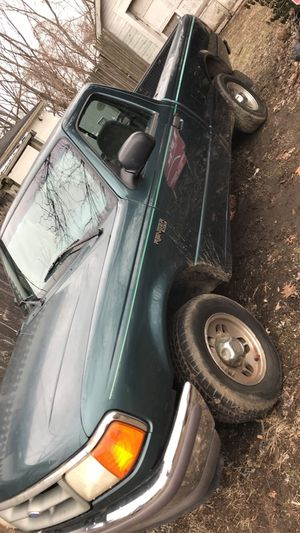 Ford ranger XLT for Sale in Circleville, OH