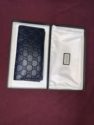 Gucci long wallet for Sale in San Antonio, TX