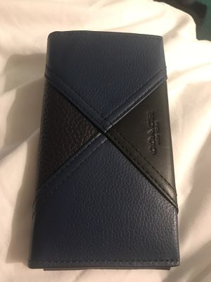 Coach iphone7 pouch/wallet for Sale in Orlando, FL