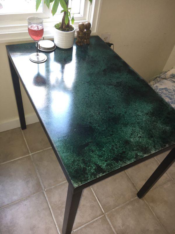Small kitchen table - concrete/steel