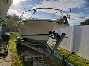 1984 Wellcraft project boat with 2004 trailer for Sale in Clearwater, FL