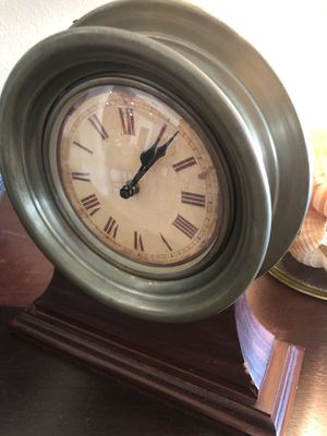Decorative clock for Sale in Rancho Santa Fe, CA