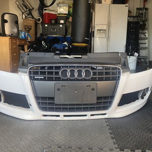 2006 - 2014 OEM AUDI TT QUATTRO FRONT BUMPER AND CENTER GRILLE for Sale in Anaheim, CA