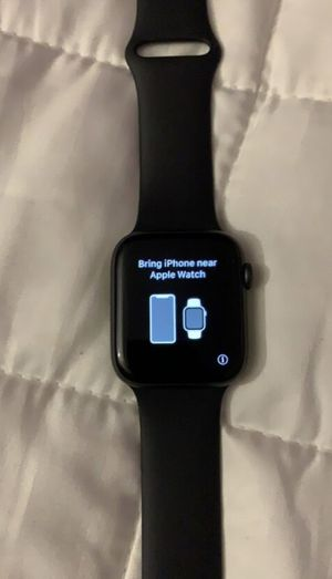 Series 4. 44MM for Sale in Chicago, IL