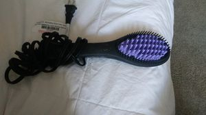 Dafni ceramic hair straightener brush for Sale in Huntington Beach, CA