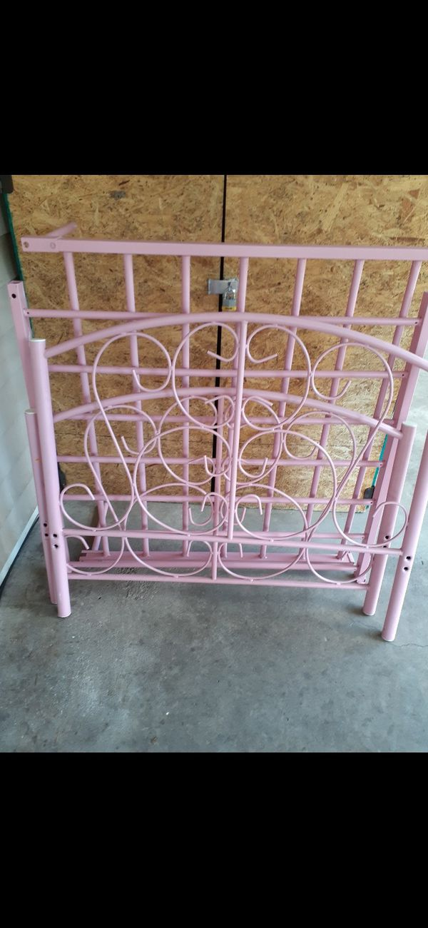 TwinMedal bed frame