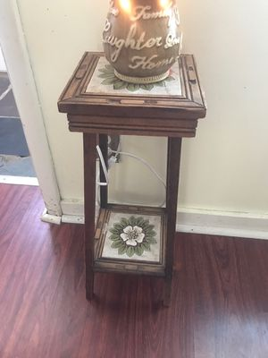 2ft tall ceramic shelf for Sale in Otsego, MI
