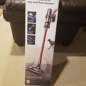 Dyson Vacuum cleaner for Sale in Gaithersburg, MD