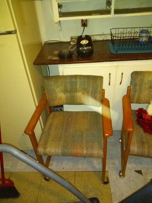 I have a kitchen chairs for sale for Sale in Wellington, KS
