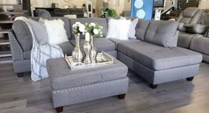 """Grey linen sofa sectional with ottoman reversible 104""""x75"""" for Sale in Lake Worth, FL"""