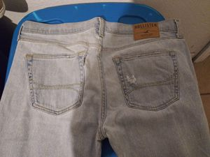 Hollister Jeans for Sale in Tampa, FL