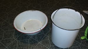Vintage enamel coated pales for Sale in Thomasville, NC