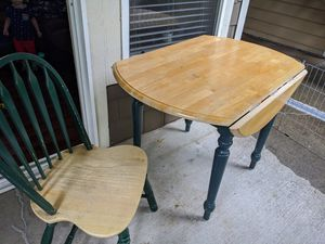 Dining table and 4 chairs for Sale in Hillsboro, OR