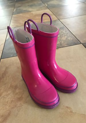 Rain boots big kids size 13 for Sale in Fort Lauderdale, FL