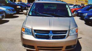 2008 Dodge Grand Caravan SXT Extended MiniVan for Sale in Chicago, IL