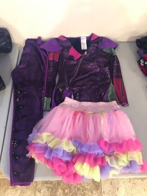 Descendants costume size 7-8 tutu size 6x smoke and pet free for Sale in Taunton, MA