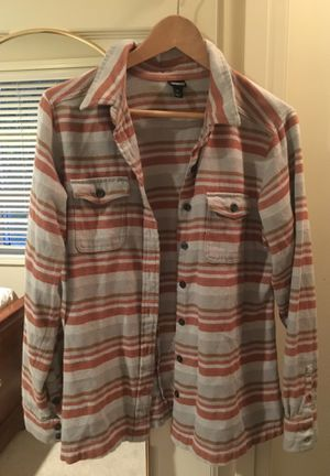 Patagonia Women's Flannel size 8, Medium for Sale in Arlington, VA
