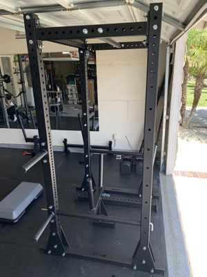 Titan X-3 Flatfoot Power Rack (Excellent Condition) for Sale in Diamond Bar, CA