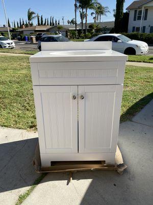VANITY for Sale in Fontana, CA