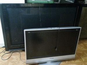 Tv for $75 n big one $100 for Sale in Homestead, FL