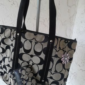 Coach Tote Bag With Wallet for Sale in Pompano Beach, FL