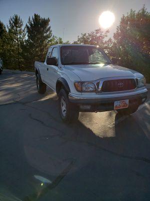 Toyota Tacoma pre runner for Sale in Roy, UT