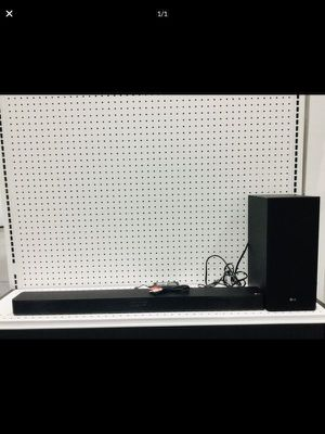 Sound Bar Home Audio System Bluetooth Speaker Barra de Sonido Bocina LG SK5Y for Sale in Miami, FL