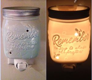 Scentsy Chasing Fireflies Plug-In Warmer NEW for Sale in Rowland Heights, CA